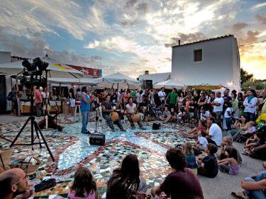 hippy market la mola formentera